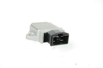 Feszültség szabályzó HONDA CB/CBR/V650/VT/PC/VTR/XLV