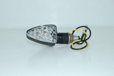 Index irányjelző lámpa, fekete, víztiszta búrás, LED CN bal