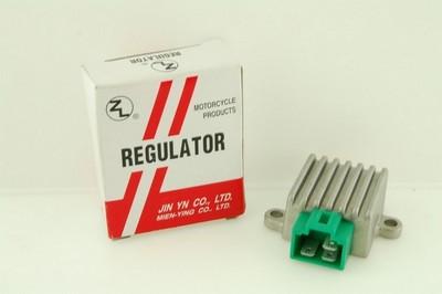 feszültség szabályzó RC80 32800-35420 TAIWAN