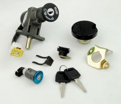 gyújtás zár kulcs komplett szett CPI OLIVER 50