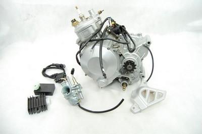 AM6 komplett motorblokk váltó karburátor feszültségszabályzó CDI