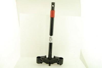 kormány nyak + alsó villahíd, rugóstag befogató 30mm GY6 50 4T 1