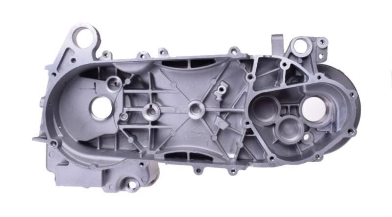 motorblokk, bal (variátor ház fedél) GY6 125/150 410 mm