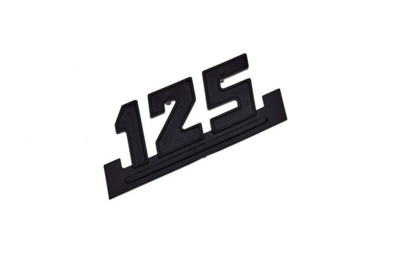 Embléma, oldalsó idom WSK125 fekete